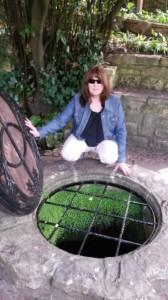 Kim chalice wells small